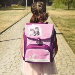 Zpátky do školy. Jak vybrat školní batoh?